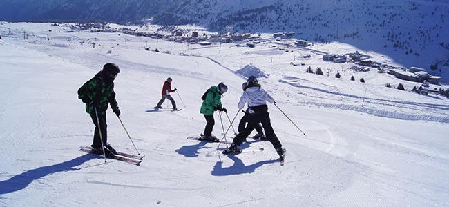 Individual & Family Skiing Packages